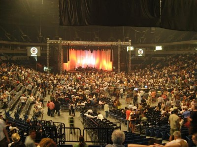 Belgrade Arena between two parts of the show
